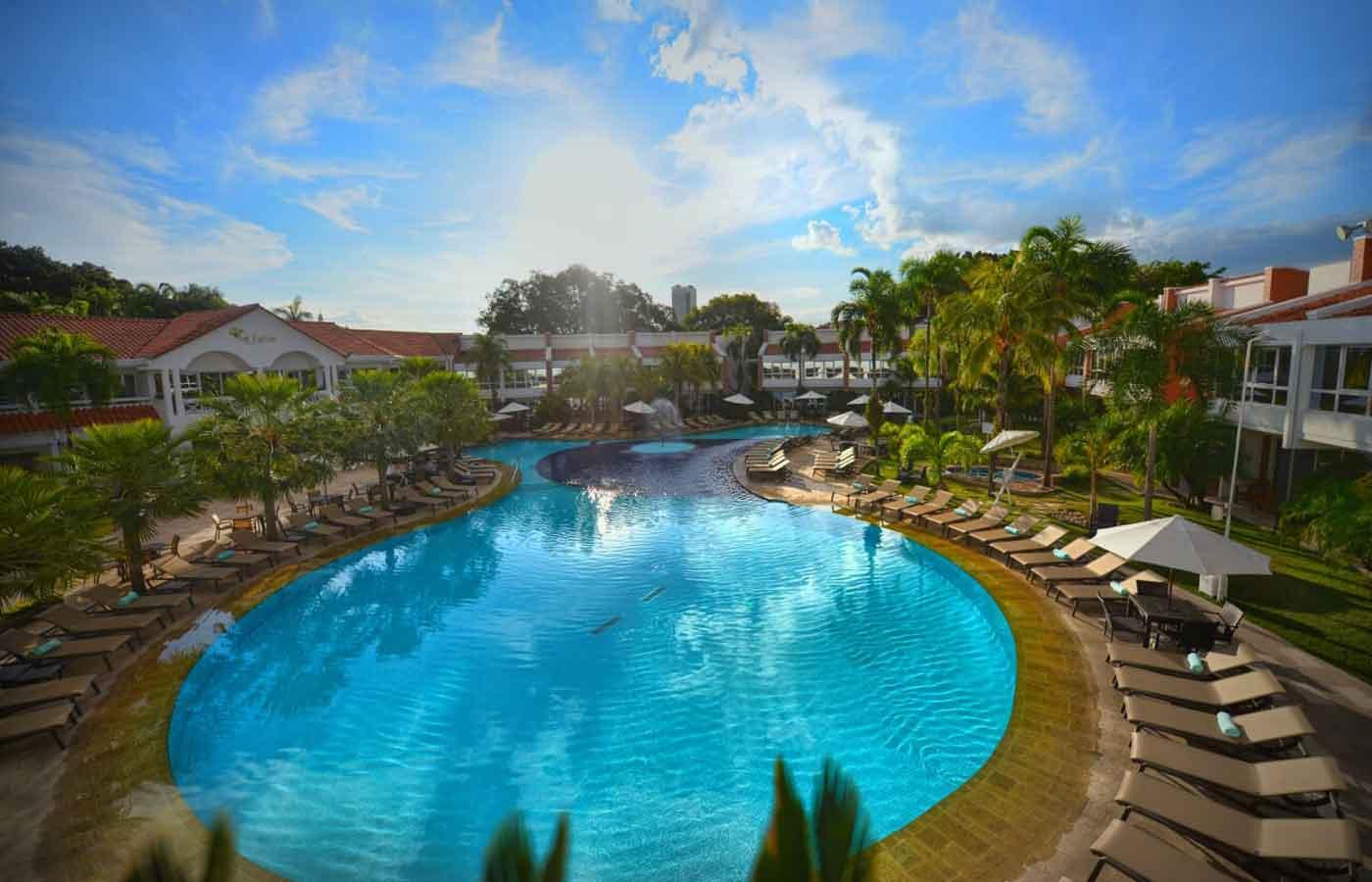 Pool at the Hotel Los Tajibos, Santa Cruz, Bolivia