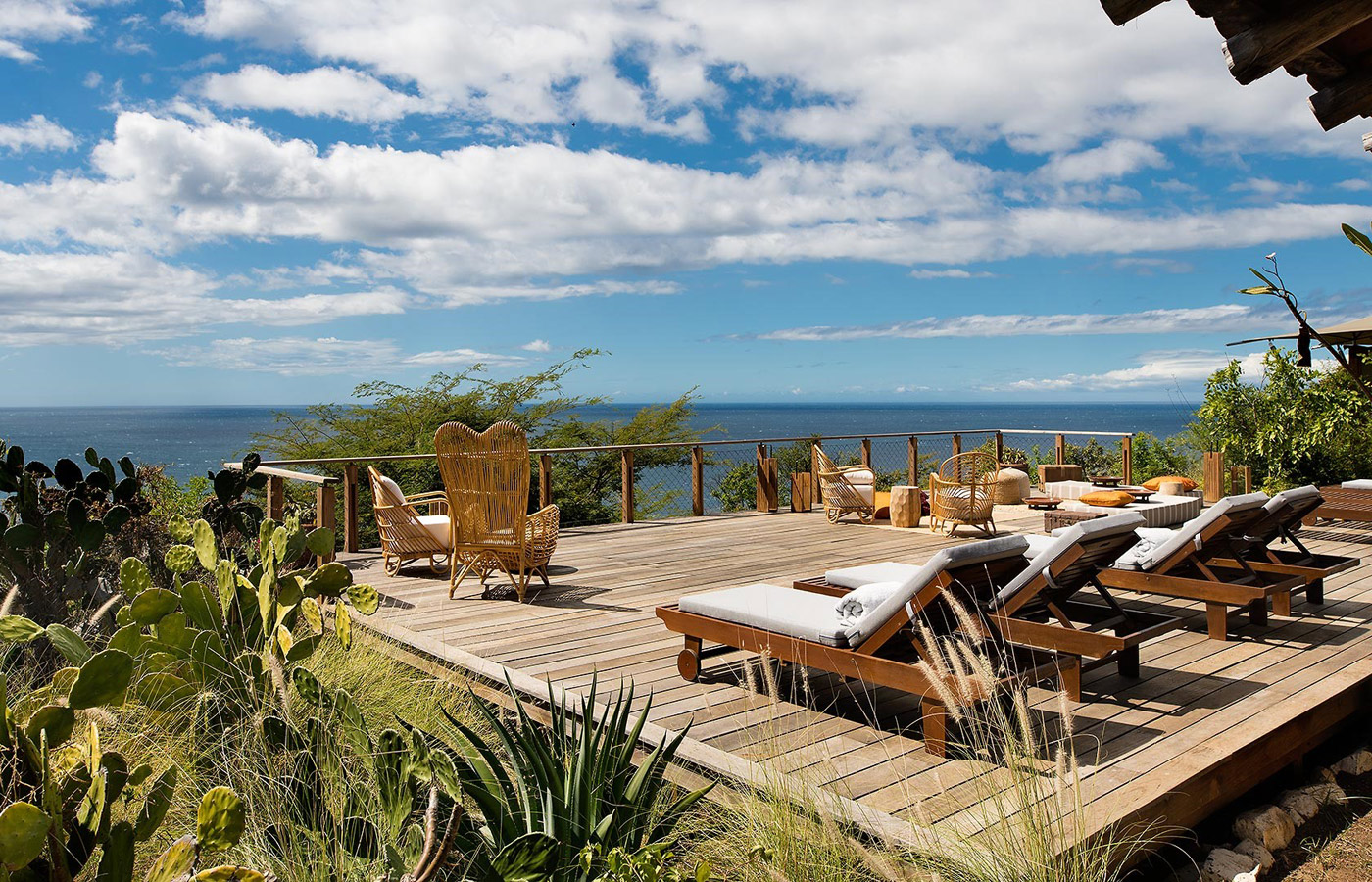 Kasiiya Papagayo - a luxury beach hotel in Costa Rica