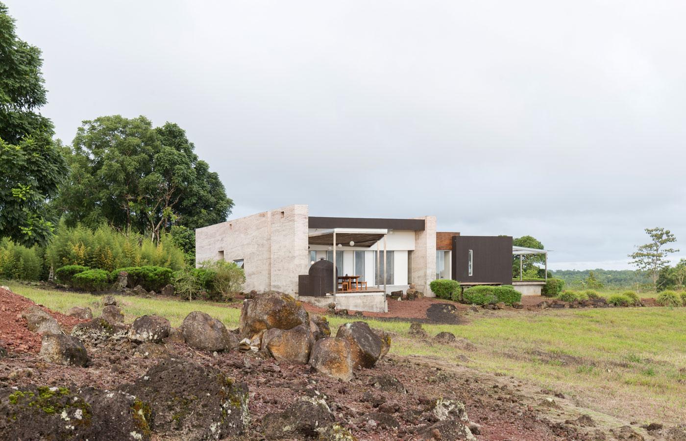 Montemar Eco Luxury Villas, luxury Galapagos hotels. luxury Galapagos boats, Galapagos cruise, luxury Galapagos cruise