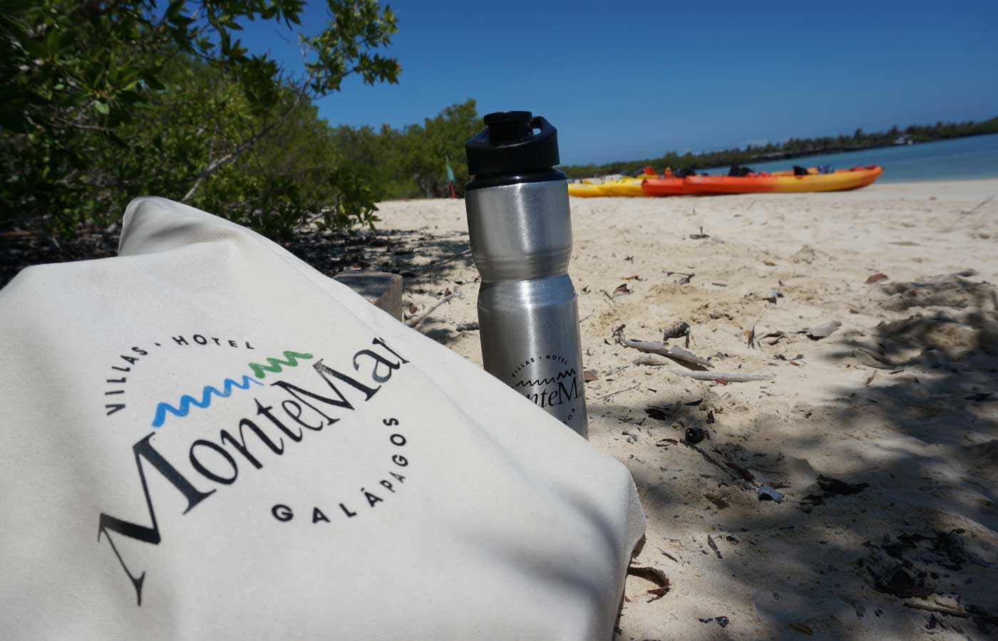 The complimentary beach bags at Montemar Eco-luxury Villas - Luxury trips to the Galapagos