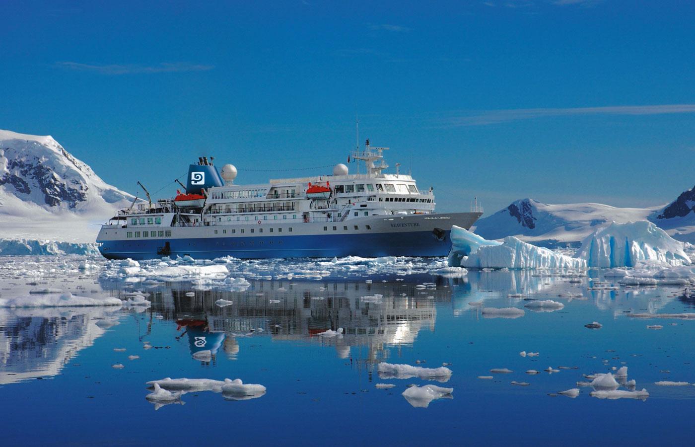 MS Seaventure Exterior, Antarctica