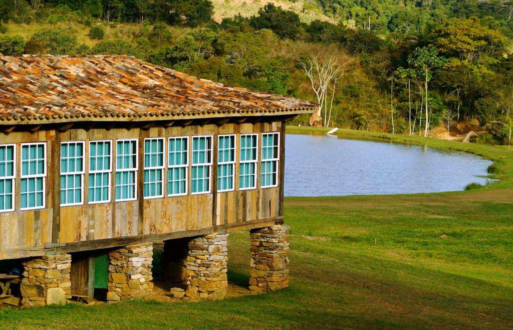 The charming rustic spa at Comuna do Ibitipoca