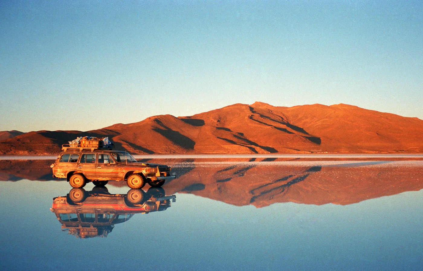 Tours by sunset on the Uyuni Salt Flats