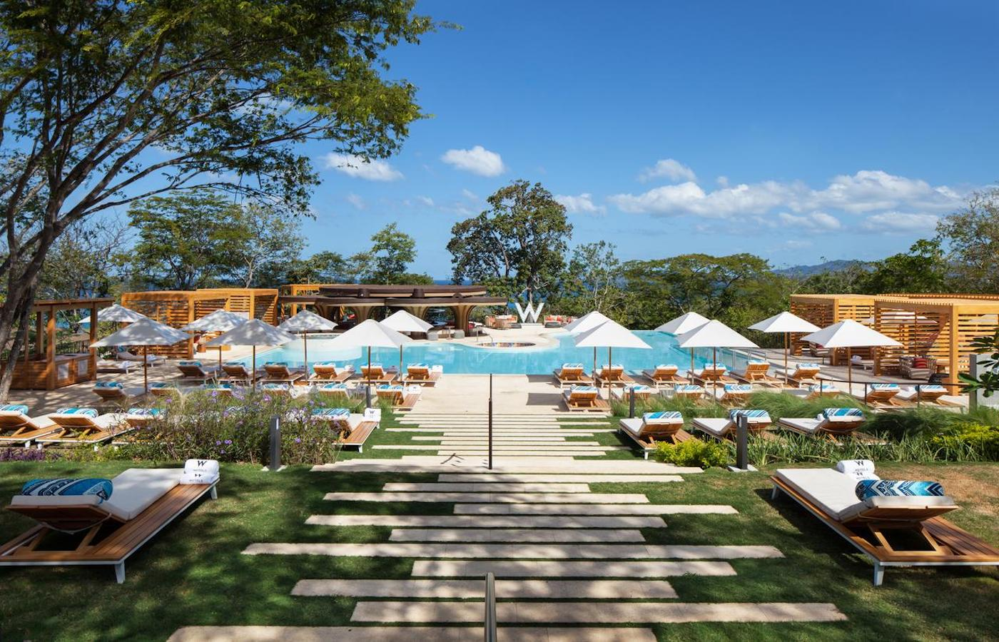 The fun and fresh W hotel in Playa Conchal - Luxury holidays to Costa Rica
